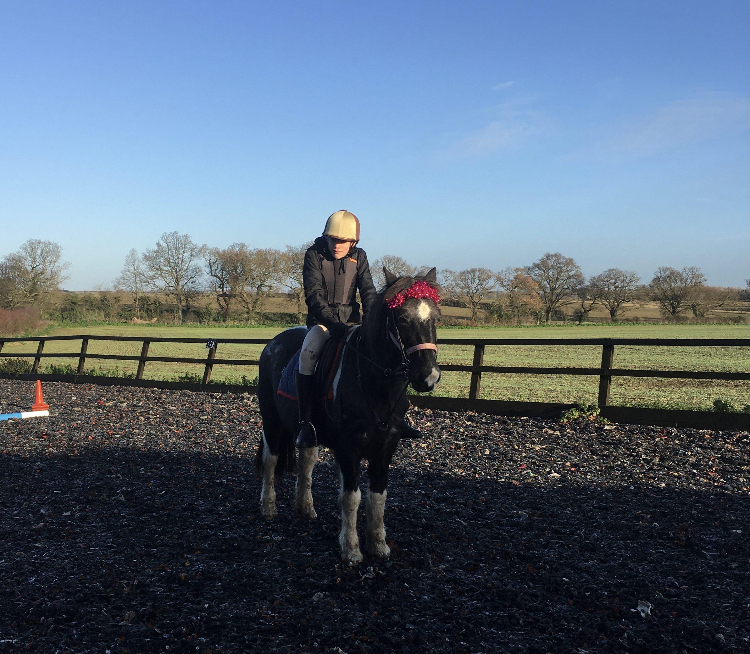 'L' riding Kerry at Christmas